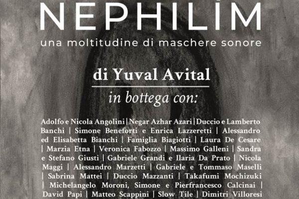 Gli artigiani OMA al lavoro per creare le maschere della mostra Nephilìm
