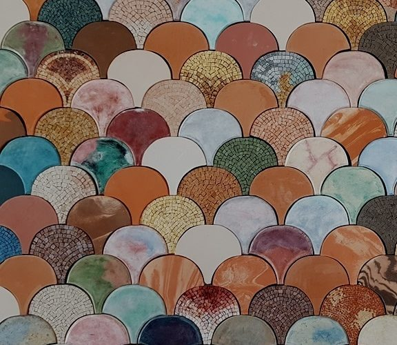MOSAICO&MOSAICI, una mostra alla Scuola Mosaicisti del Friuli
